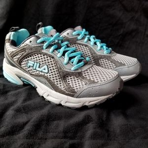FILA Windshift 15 athletic sneakers grey blue
